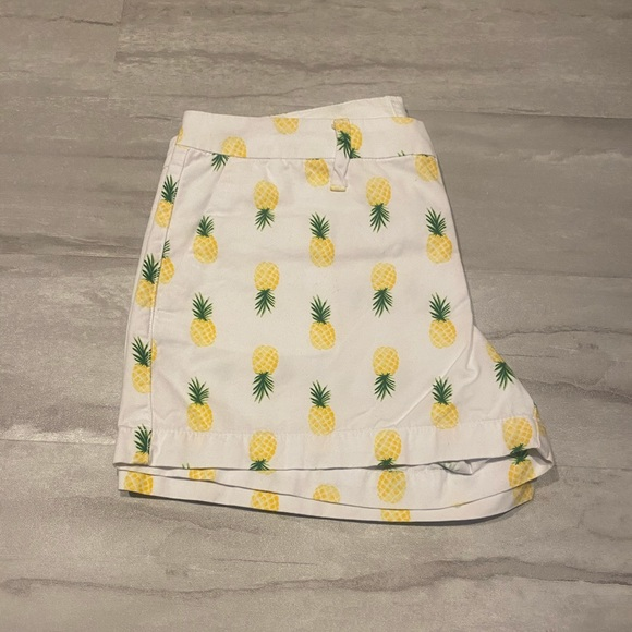 Pineapple Old Navy Shorts Size 4